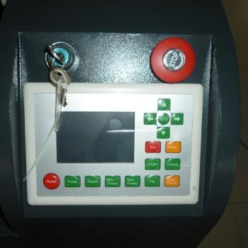 Panel sterujący plotera laserowego